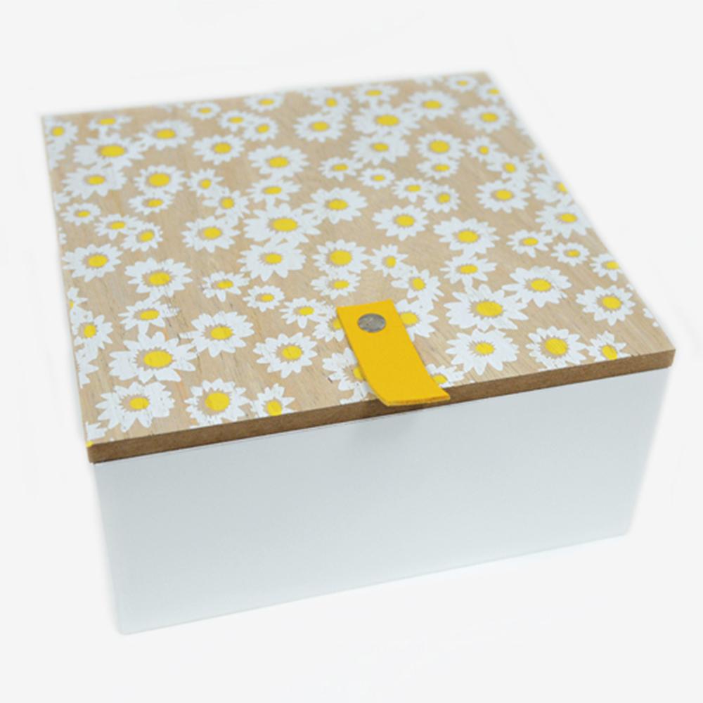 Ξύλινο κουτί μαργαρίτες<br/>20*20*10cm